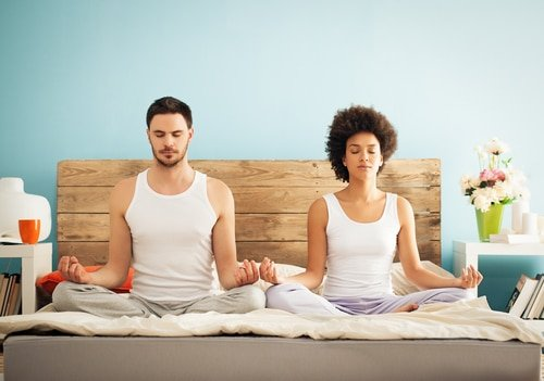 Is It Best to Date (or Marry) Another Yogi?