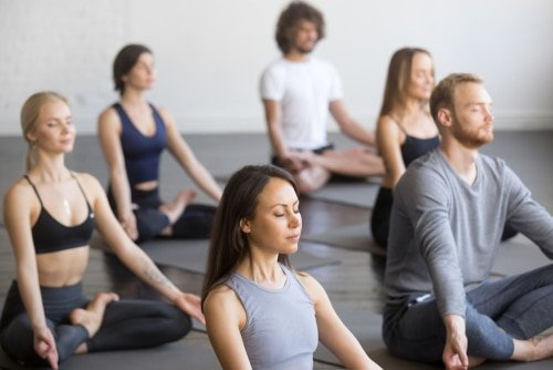 Should Men Have Their Own Yoga Classes?